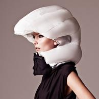 girl-helmet